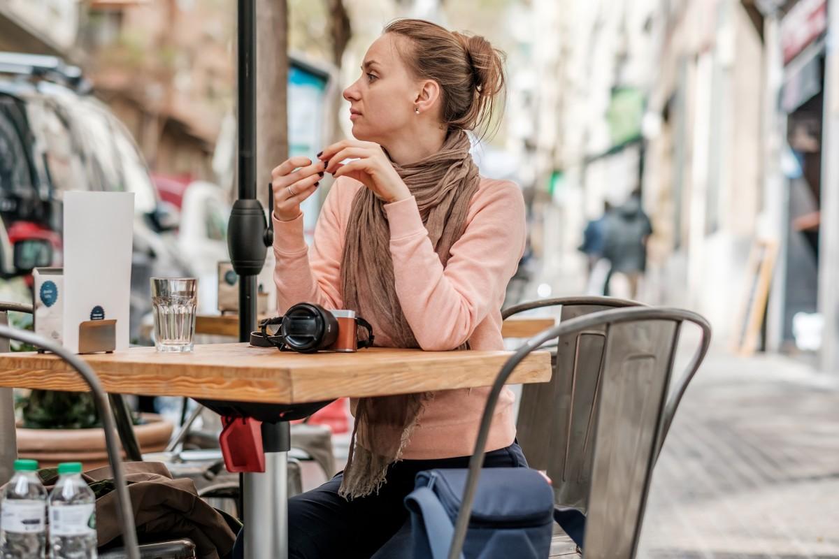 Tomar un cafe en barcelona camper